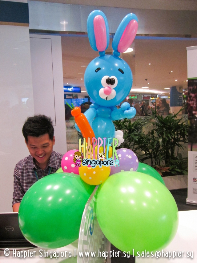 Blue easter bunny balloon sculpture_happier singapore