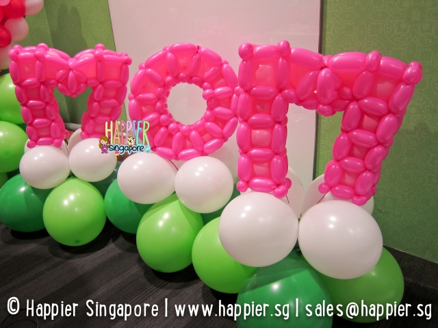 Mom 3D alphabet balloon sculpture_happier singapore
