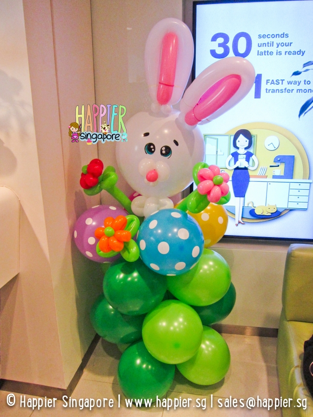 White easter bunny balloon sculpture_happier singapore