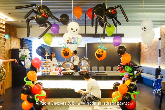 halloween-balloon-arch-singapore